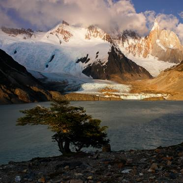Sunrise at Laguna Torre 2